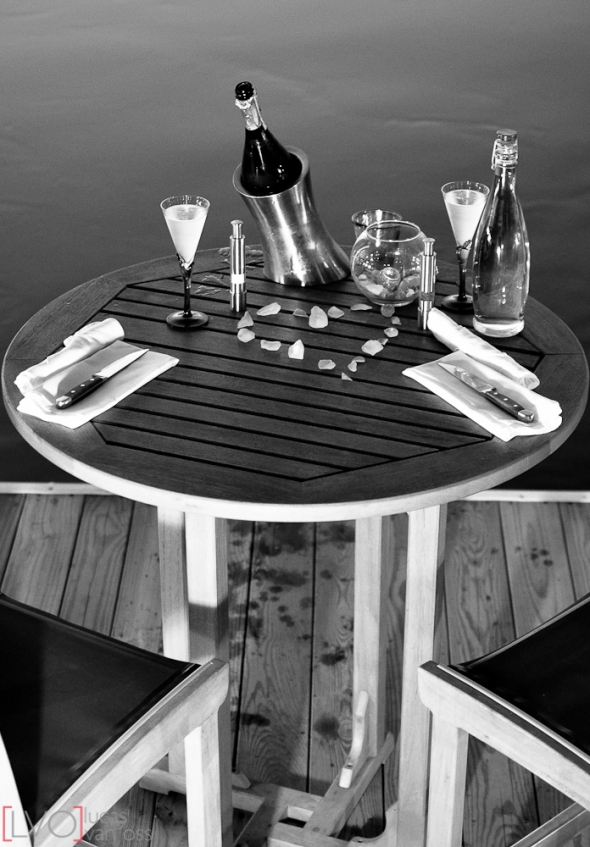 Dinner on the docks